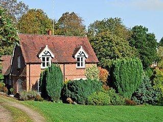 3 bedroom property in Tenbury Wells. Pet friendly.
