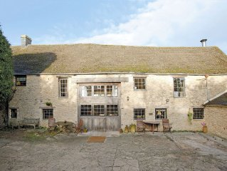 4 bedroom property in Stow-on-the-Wold. Pet friendly.