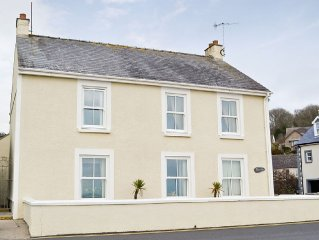 3 bedroom property in Saundersfoot.
