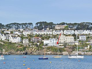 2 bedroom property in Fowey.