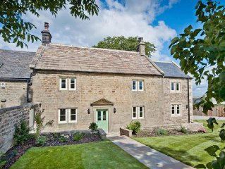 4 bedroom property in Ripon.
