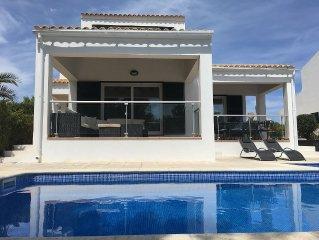 Detached Villa w/ Private Pool, Complete AC, WiFi, In Cala Moli, Nr. Na Macaret