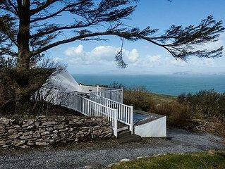 Traditionelles Irish Cottage, das es bis in die heutige Zeit geschafft hat.