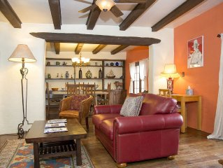 Casa Carolina – Original Adobe Home in Old Santa Fe – Walking distance to Plaza