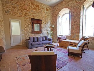 Romantic Apartment For 2 In A Medieval Village