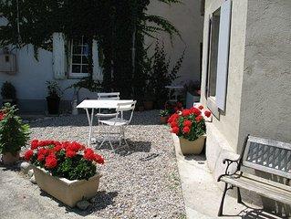 Chez Dyna is a charming old maison de Maitre in the centre of Alaigne