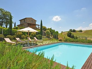 Villa in Trequanda, Tuscany, Italy