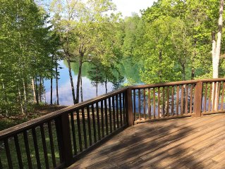 Kan't Wait to Chill 5BR, 3bath Lakefront home in deep water cove with NEW DOCK