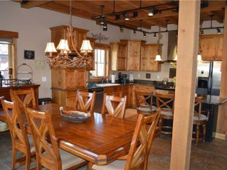 Leland Creek Home: 5 BR / 4.5 BA private home in Winter Park, Sleeps 12