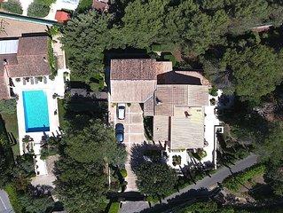 Villa de standing  sur un terrain clos de 5000m2 avec piscine 14x7m securisee