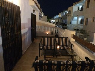 Stunning private apartment with air con, fantastic terrace & sea views-Free WiFi