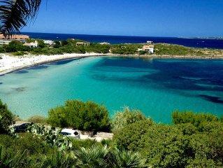 Dimora tipica con vista mare Spiaggia Sotto Torre e Isola di San Pietro