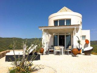 Modernes Ferienhaus mit Meerblick in unberuhrter Natur an der Algarve
