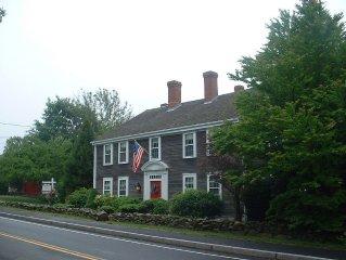 Sleeps 14. Historic Tavern house. One mile from beach.