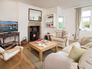 Mona's Cottage - Brand New Luxury Holiday Cottage ideal for couples and families