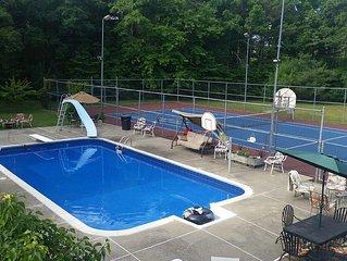 4 acre private retreat setting