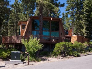 Edgecliff: 4  BR, 2  BA House in Tahoe City, Sleeps 10