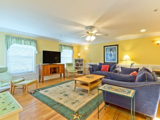 Beachview Pet Friendly Home with Great Furnishings and Private Beach Access