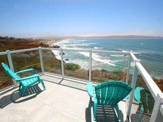 'Beach House Bliss'Bluff,Endless Views! HotTub! PingPong.