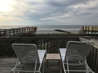 The Road Ends Here! Folly Beach/ 3 Bedroom/2 Full Baths/Sleeps 8/Pets Considered