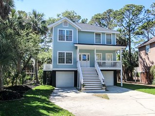 608 Porpoise Circle is a lovely redecorated home located at the north end of th