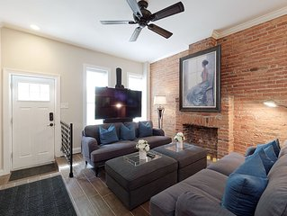 Sleeps 13! Walk to Convention Cntr, Inner Hbr, Orioles Prk, Raven's Stad, Bars+