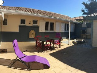 Villa 5 minutes walk to ocean beaches, forest and shops
