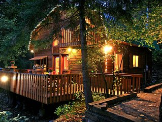 On the Stream- Short Walk to Resort, Fire Pit, Hot Tub, Wood Fireplace