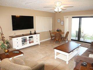 Ocean Front Ground Floor Condo, 3 Bedroom, 4 heated pools