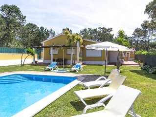 Villa for 10 people w/ private swimming pool , located at 1 km from the beach.