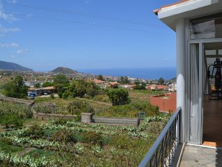 Quiet and cozy chalet with lovely mountain and sea views and wifi