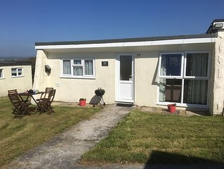 Holiday Chalet in Widemouth Bay, Bude - path to beach, many free activities