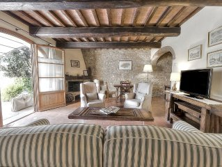 Tuscan Apart for 4/5 persons, WIFI, Swimming-pool, all comforts in the country