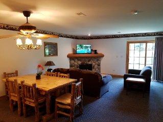 Private Vacation Villa At Grand Bear Lodge Near Starved Rock in Utica IL
