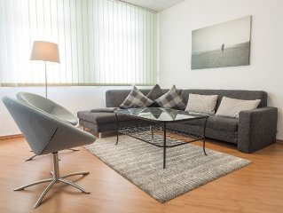Comfortable and spacious apartment (135 square meters) with 4 bedrooms in centr