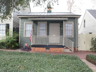 Historic District Cottage on East Jones Street!