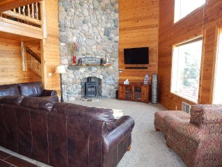 Serenity Lodge Located 25 minutes from Yellowstone with Breathtaking Views