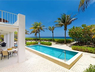 4BR-Villa Caymanas: Luxury Oceanfront Villa, Private Pool, Oceanfront Balcony.
