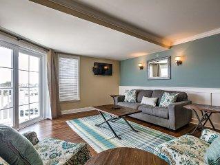 Beautiful 3 bedroom / 3 bath Condo