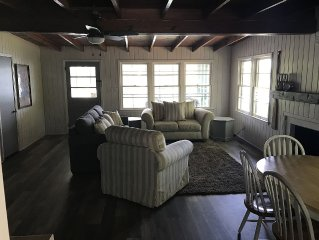 Lake Front Cabin W/ Screened-in Porch and personal dock -- Renovated