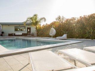 Luxury Coastal Villa Diminio