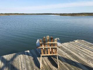 Lovely Home on Deep Water/Dock/Short walk to Beach/Pets Considered.