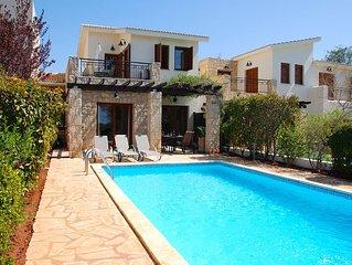 Villa Destu, Aphrodite Hills Resort, Walking Distance To All Facilities