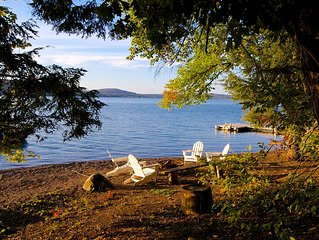 Simply The Best Lake Frontage! 4 Bedroom/3 Bath, Private Beach, Great Sunsets!