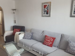 Superbly located 2 bed Townhouse In Los Alcazares. Close to main square & beach