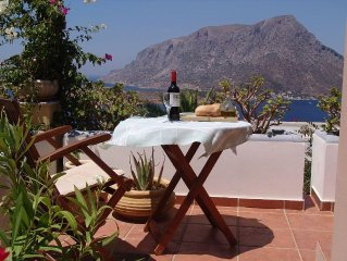 Villa Pharos: offers stunning views of the Aegean,Telendos Island and the Mounta