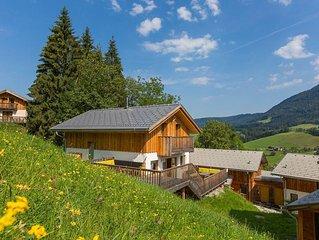 Schitterend 10 persoons-chalet met panorama-uitzicht naast de piste met sauna