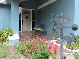 Private, Cozy, 3 BR Rainbow Springs Nature Retreat on a Large Peaceful Lot
