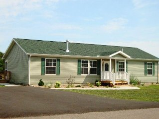 Nice and Relaxing * Spring Brook - Cozy Ranch Style Home Close to the Clubhouse!