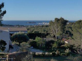 Villa de charme provencale : piscine, parc 2350 m2, vue sur baie La Ciotat